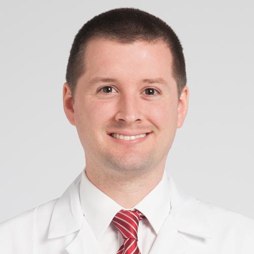 Dr. Nicolás Piuzzi
