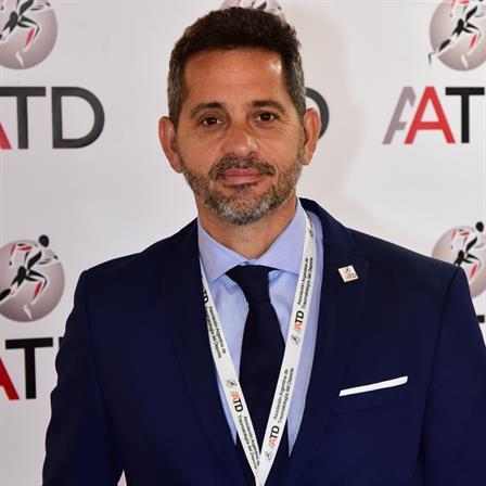 Dr. Hernan Giuria