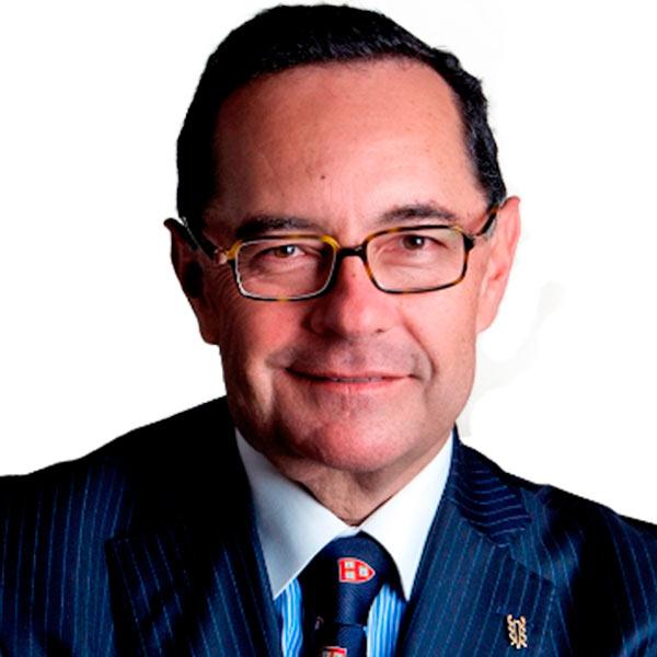 Dr. Carlos Leal